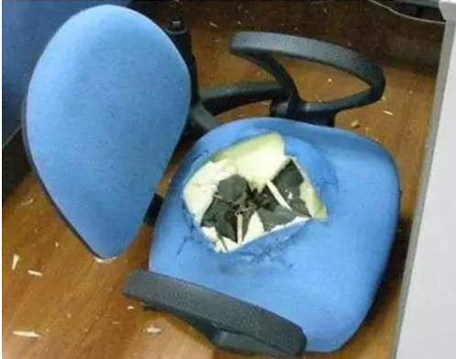 确定一把办公椅质量要注意哪些方面