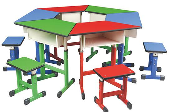 梯形拼接课桌椅-套管升降
